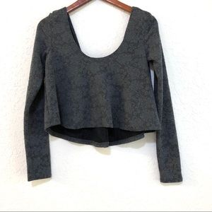 New! KIMCHI BLUE gray lace long sleeve crop top